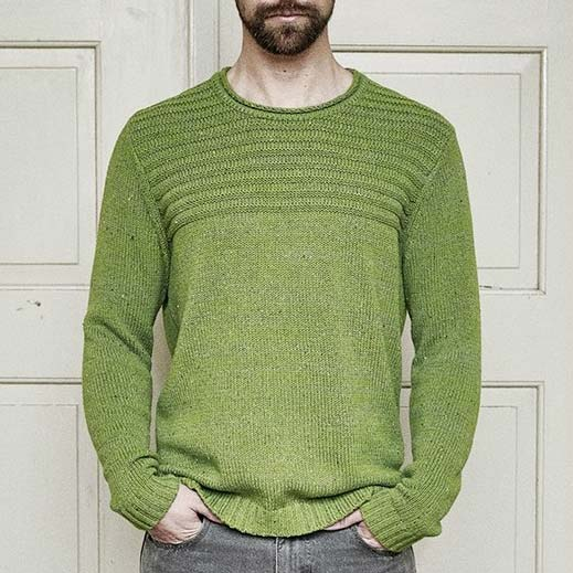 man-knitting-sweater-hemp-and-organic-cotton-recycled