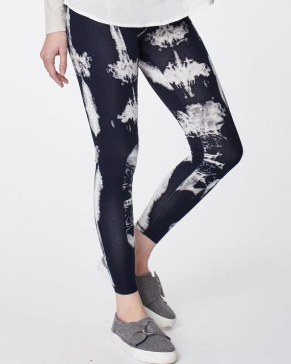 wwb3788-dark-navy_wwb3788-dark-navy–elsenore-dip-dye-printed-bamboo-leggings-0003.jpg