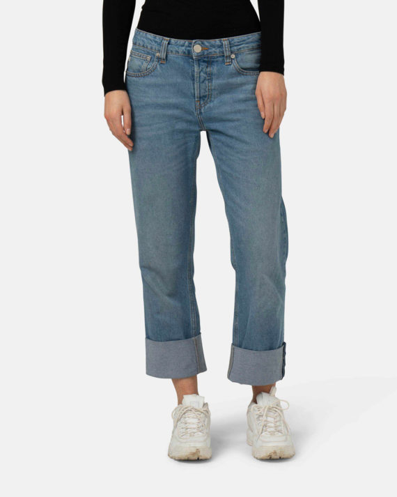 Woman-Sustainable-Relax-Fred-Heavy-Stone-halffront-1-1