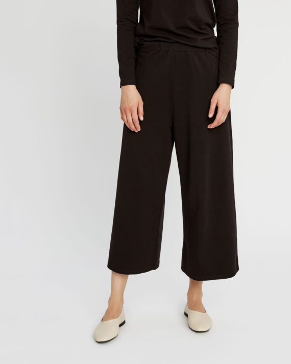 chandre-trousers-in-black-64b6a91ed137-1